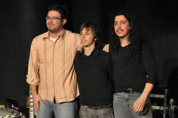 Da esquerda para a direita: Marcelo Corsetti, Matheus Kleber e Angelo Primon - A TRINCA